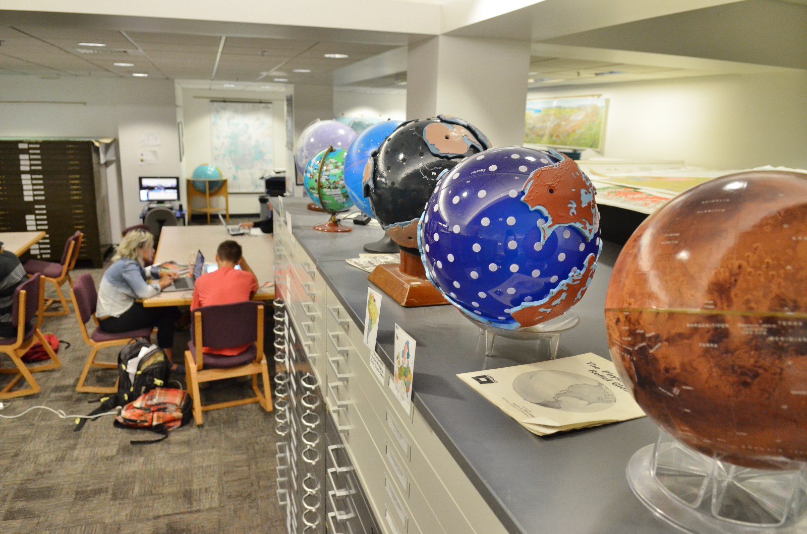 Photo of the Earth Sciences & Map Library