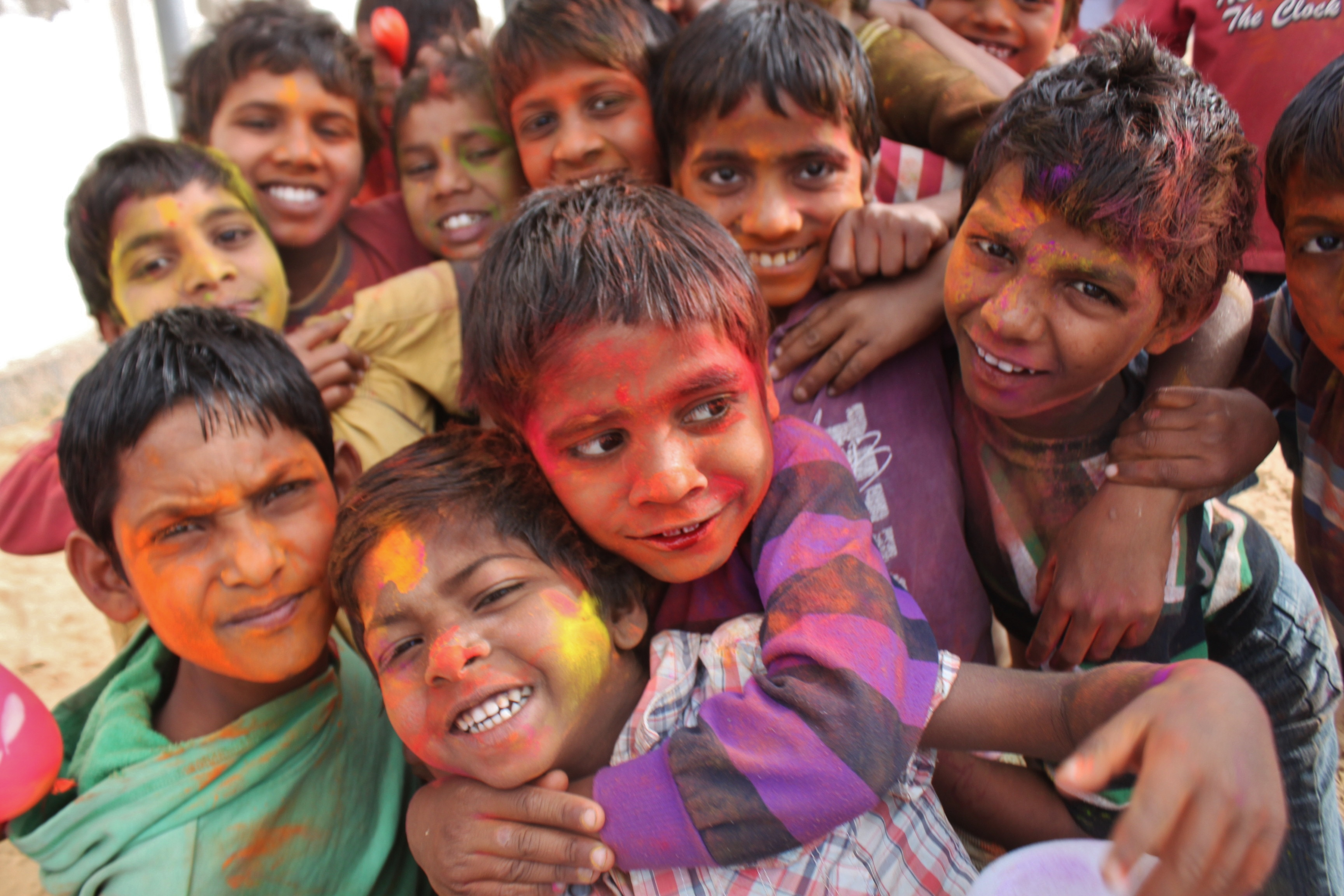 Photo of children celebrating festival of colors in Jaipur, India